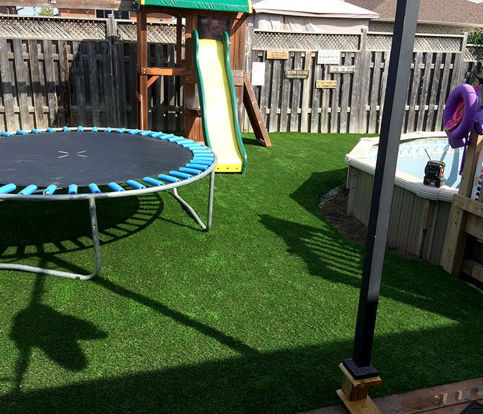 Residential-Trampoline-and-Pool-Turf-3